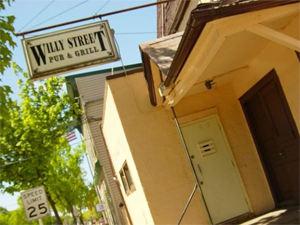 Willy Street Pub